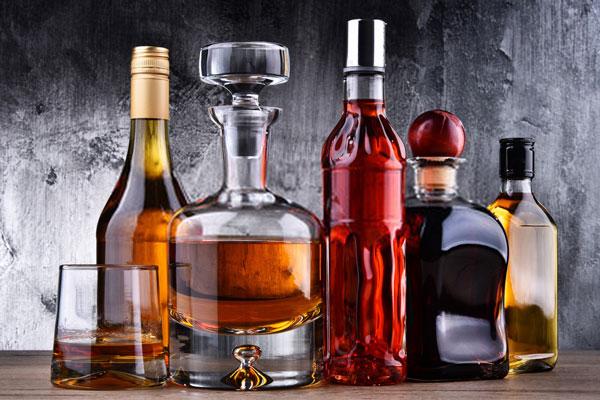 Brandy vs. Whiskey Alcohol Content