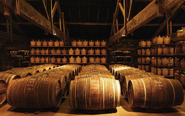 Courvoisier vs Hennessy Origin